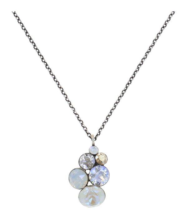 Konplott Pendant Kette mit Anhänger Petit Glamour in milchig weiss, Farbbezeichnung Vanilla Sorbet, auf antique silver