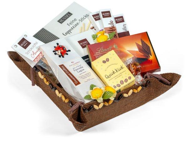 """Geschenkkorb """"Schokolade macht glücklich"""""""