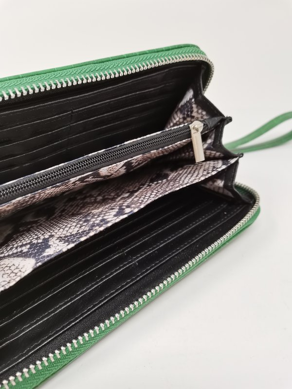 Portemonnaie in Kroko-Leder-Optik, sattes grün
